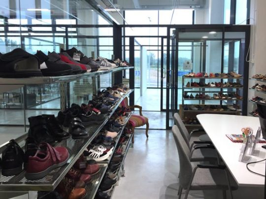 Zigentti, Showroom 1C1