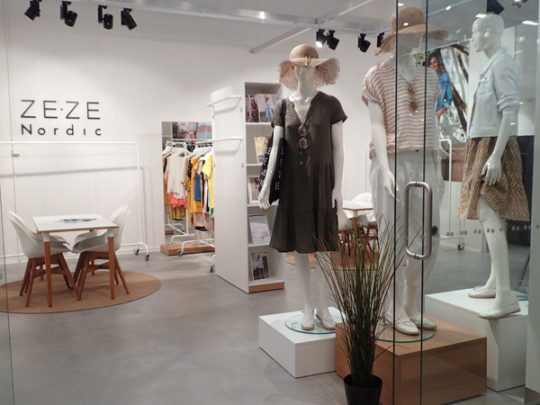 Zeze showroom 1A8 Fashion Center
