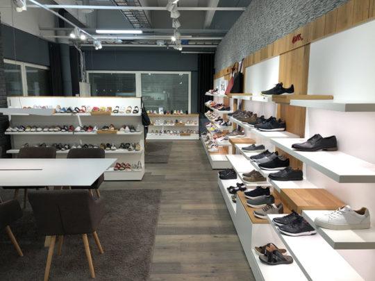 Showroom 2E13 Ara.